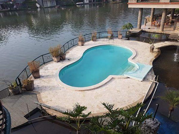 villa bukit danau 10 kamar