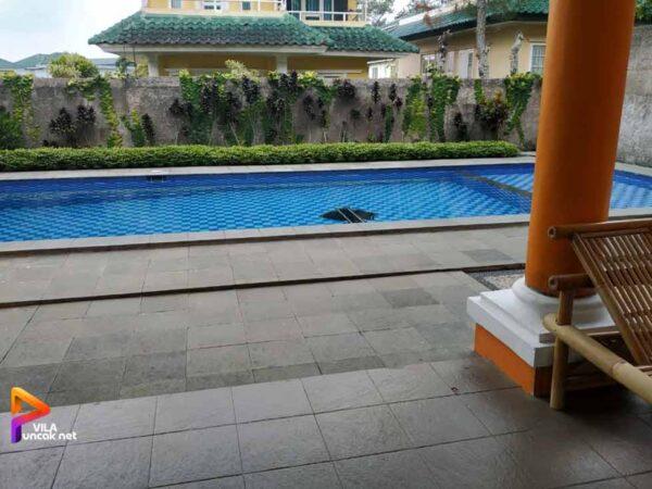 Villa 6 Kamar di Puncak Resort Cipanas