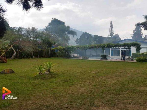Villa di Puncak 3 Kamar Murah ada Kolam Renang Pribadi