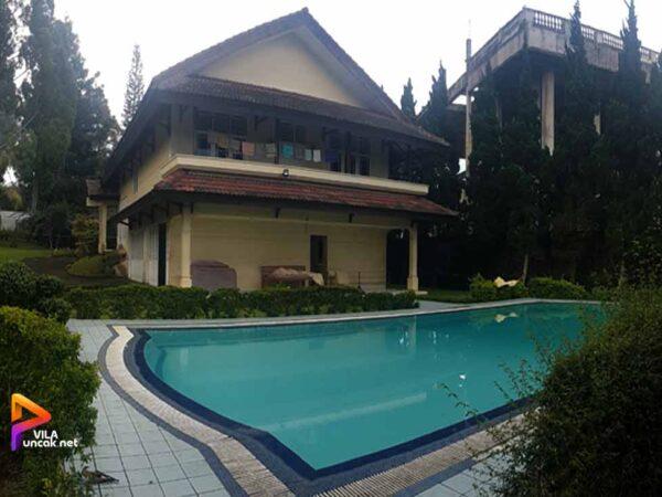 Villa di Puncak 5 Kamar Kolam Renang Pribadi