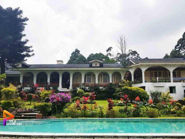 Villa di Puncak 6 Kamar