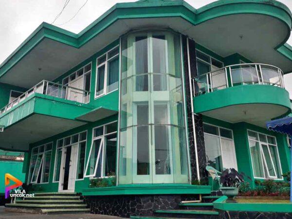 Villa Hijau 3 Kamar Murah Ada Kolam Renang & Billiard