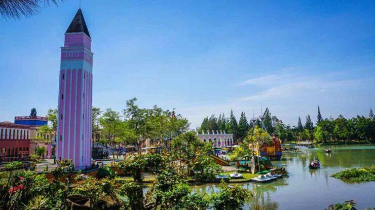Little Venice Kota Bunga Review Wahana, Tiket Masuk, Lokasi