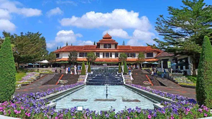 Taman Bunga Nusantara Review Wahana dan Harga Tiket Masuk